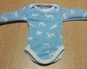 Blue/white onesie for 10-11 inch baby