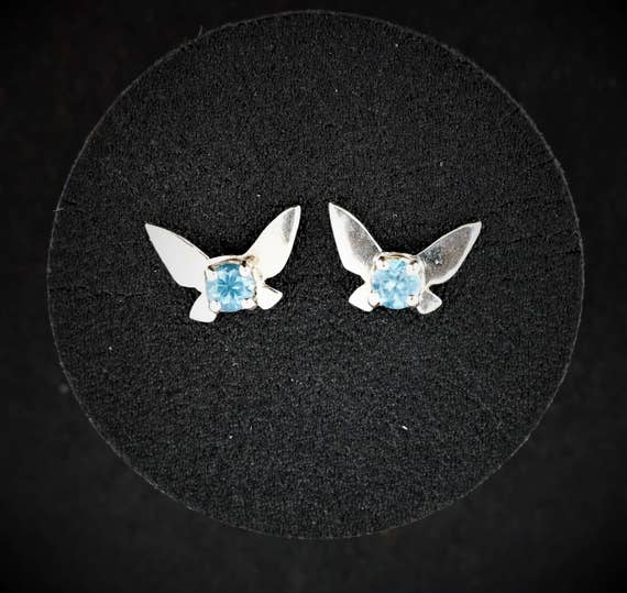 Navi Fairy Earrings in gold made to order