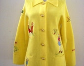 Vintage 70s Yellow Golf Sweater - Womens Yellow Novely Golf Sweater with Embroidery - 1970s Cardigan Golf Sweater - Size Small to Medium
