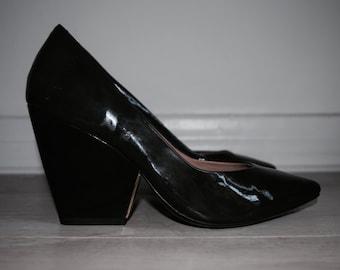 POUR LA VICTOIRE Aleesha Wedge Heels Size 7