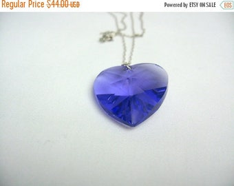 On Sale 1980s Purple heart. Sterling silver. Glass heart. Retro Jewelry