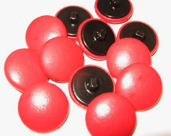 36 Line, Cowhide Leather Covered Buttons in Fire Engine Red (12 PC.)