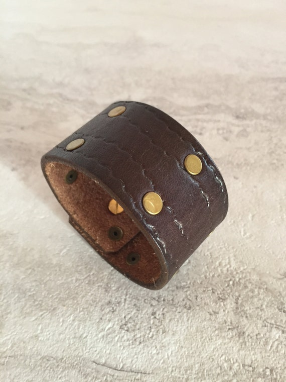 Women's Brown Leather Cuff with Studs (Size 7.25 inches)