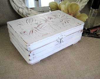 Carved Wood Cottage Chic Jewelry Box / Upcycled Jewelry Box for Jewelry, Keepsakes, Treasures / Shabby White Art Deco Trinket Jewelry Box
