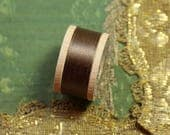 1 vintage pure silk buttonhole twist shade 5840 thread spool  neutral brown shade 10 yards size D belding corticelli