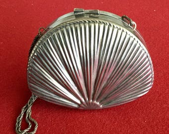 Cool Metal Silver tone Clam Shell Box Purse W/ chain Strap