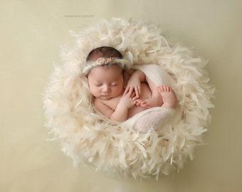 Plush Feather Baby Wreath | Newborn photo prop, Baby photo prop