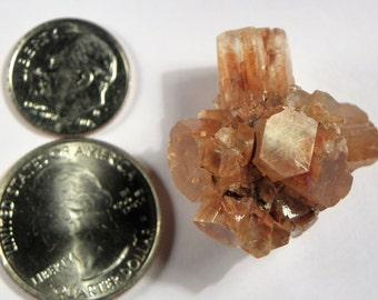 Aragonite Crystal Cluster (Aragonite02) This Aragonite crystal measures 28mm x 25mm weighs 16+ grams