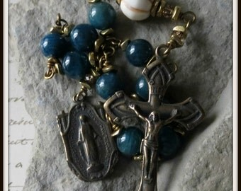 Mens Miraculous Single Decade Pocket Rosary in Blue Apatite, Wire Wrapped in Bronze