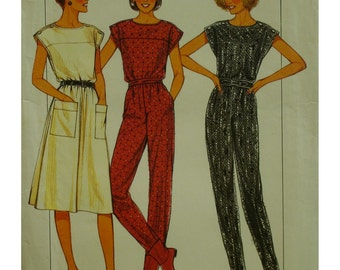 Tapered Leg Jumpsuit Pattern, Cap Sleeves, Shoulder Buttons, Yoke, Blouson Bodice, Side Pockets, 1980s, Style No. 4150 UNCUT Size 10 12 14
