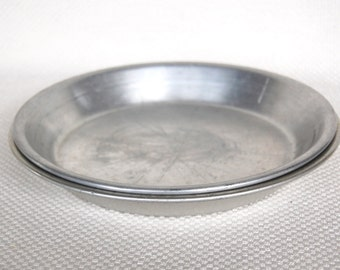 Set of 2 Vintage 10 inch Wear-Ever Pie Plates Number 2845 Large Aluminum Baking Pans