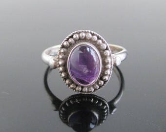 925 Sterling Silver & Purple Amethyst Ring - Vintage, Size 6 3/4