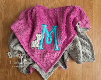 Personalized Baby Gifts, Minky Baby Blanket, Giraffe Minky Blanket, Appliqued Giraffe Minky Blanket, Giraffe Baby Blanket,