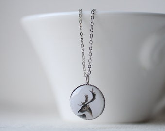 Deer Petite Necklace - Woodland jewelry - Winter - Short Necklace