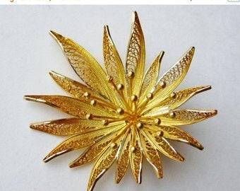 HOLIDAY SALE Vintage 40s Fine 835 Silver Filigree Gold Vermeil Delicate Flower Brooch Pin