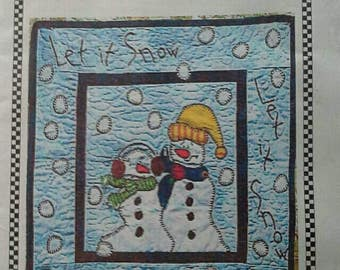 Let It Snow Material Girls Mini Quilt Kit, Snowmen, Winter, Wall hanging