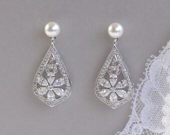 Pearl Stud Earrings, Crystal Bridal Earrings, Vintage Wedding Earrings, PAIGE PP