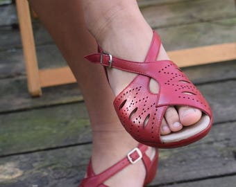 1940s 50s Rockabilly Style Leather Wedge Sandals Comfortable Shoes Wide Fitting size 39 37 EU