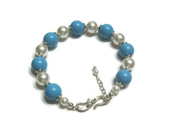 Turquoise and White Pearl Bracelet