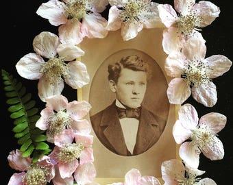 CDV Antique Photo - Handsome Man - Vintage Photo - 1800's -Germany - Carte de Visites