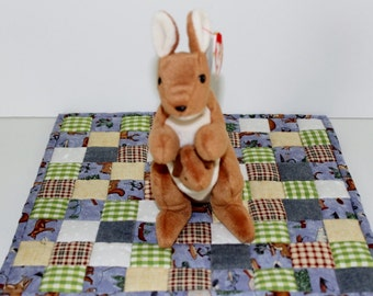 Ty Beanie Baby Pouch the Kangaroo with baby 1996 like new