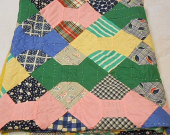 FEEDSACK BOWTIE QUILT 1930 Scrappy Hand Pieced Patchwork Boho Colors, Quilted Yellow Red Blue Pink, Comfy 72 x 88 Farmhouse Bedspread Q or D