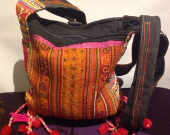 Tribal THAI Hand EMBROIDERED Vintage Fringed HIPPIE Hand Bag