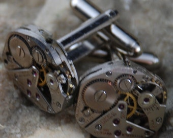 Beautiful Pair of Wittnauer Jeweled Steampunk Watch Movement Cuff links CL 54