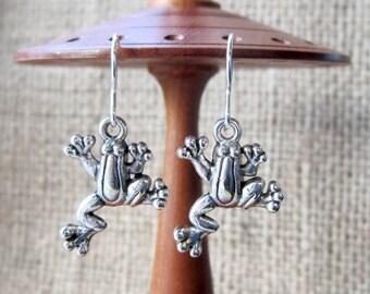 Tree Frog Dangle Silver Earrings - Treefrogs Frogs drops
