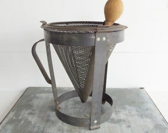Vintage Tin Jelly Strainer, Antique Tin Kitchenware, Food Strainer,  Collander Ricer
