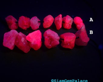 Glow SPINEL BeaDS. Pink / Purple Spinel with Strong Red fluorescence. Glows under UV Light.  Natural RoUgh Nuggets. 10-15mm (SPB308)
