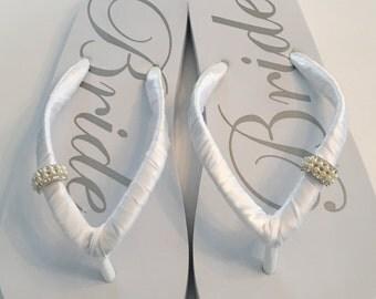 WEDDING Flip Flops !Bridal Flip Flops.Bridal Shoes.Wedding Sandals.Wedding Shoes.Bridal Sandals.White Wedding Shoes.Bride Shoes.White Shoes.