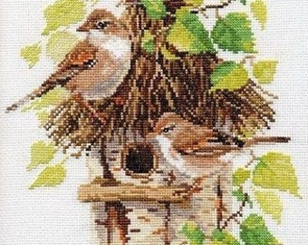 NEW UNOPENED Russian Counted Cross Stitch KIT Alisa 1-23 Birds near the nest
