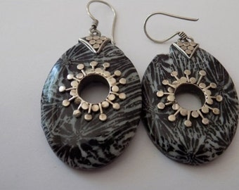 Vintage earrings, sterling silver and floral plastic dangle drop earrings,marked 925