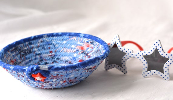 4th  of July Decor, Handmade Red White and Blue Party Bowl, Toothpick Bowl, Picnic Fabric Basket, Gift Basket, Patriotic Decoration