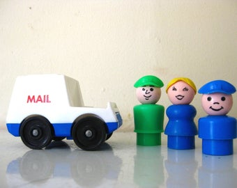 Vintage Fisher Price Little People / Play Family Mail Family / Mailman / Mom / Mail Kid