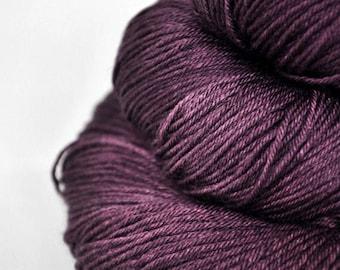 Mashed cherries - Merino/Silk Fingering Yarn Superwash