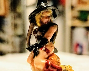 28mm Miniature Gaming Witch on Broom and Pumpkin