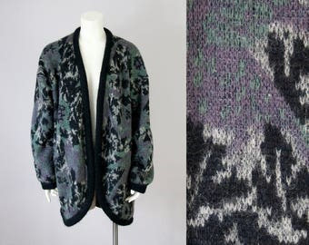 80s Vintage Fuzzy Wool Floral Knit Slouchy Cardigan. 80s Sweater Jacket (M)