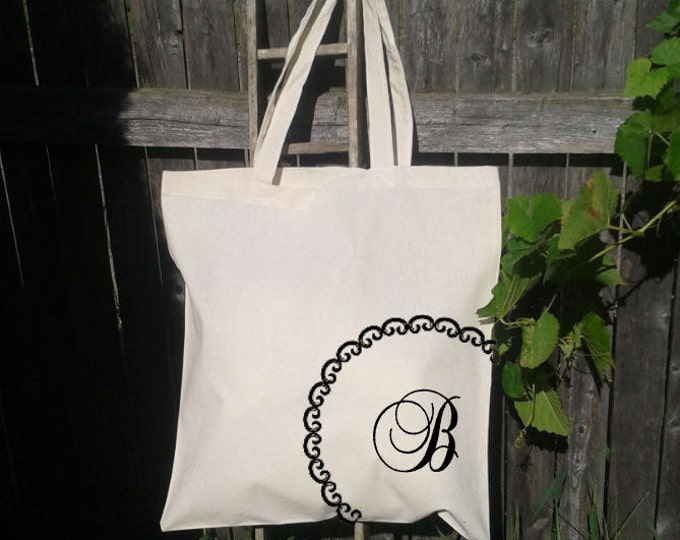 Bridesmaid Tote, Bridal Party Tote Bags, Gift Totes, Wedding Party Welcome bags, Initials