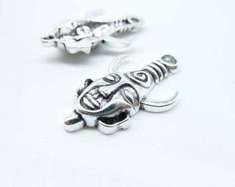 10pcs 19x31mm Antique Silver  Mysterious horn man mask  dean Charm Pendant c6382