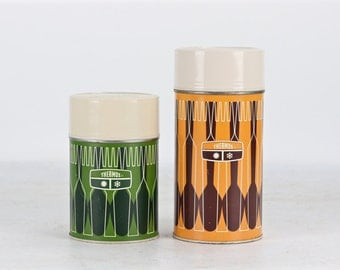 Vintage Thermos, 1970's Thermos, A Pair Of Vintage Thermos's, Orange Thermos, Green Thermos, Retro Thermos, Camping Thermos, Cabin Decor