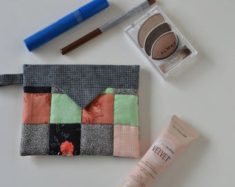 Cosmetic Pouch, Patchwork Quilted Jewellery Bag, Cotton Snap Pouch, Fabric bag, peach green gray
