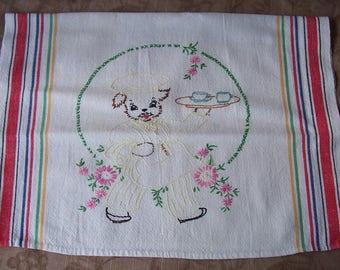 Vintage hand embroidered tea towel.  C6-250-.50
