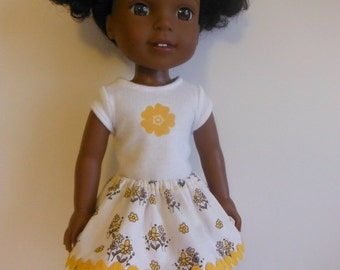 Wellie Wisher Outfit; Clothes for Wellie Wishers; Yellow skirt outfit for Wellie Wishers