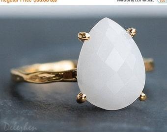 SALE - White Agate Ring Gold -  White Gemstone Ring - Stacking Ring - Gold Ring - Tear Drop Ring - Prong Set Ring