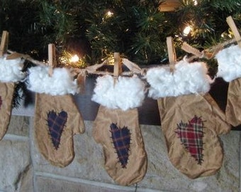 Primitive Mitten Winter Garland - 3 Pair - Flat Christmas Mittens with Hearts - Grungy Muslin Fabric - Primitive Christmas Decor
