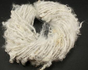 Handspun art yarn Jannes locks natural color, 4.5 oz, 52 yards