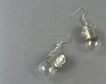 Light Bulb Earrings - Science Jewelry in Steampunk Style - Recycled Jewelry
