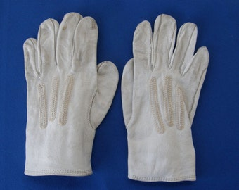 "CHILD'S LEATHER GLOVES White Calfskin Small Size Button Snap Closure Fancy 3 Panel Stitching 5"" Long Children's Vintage Clothing 1900-1940's"